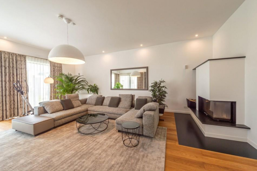 3 Bedroom luxury Apartment | Sell Lands, Houses ...