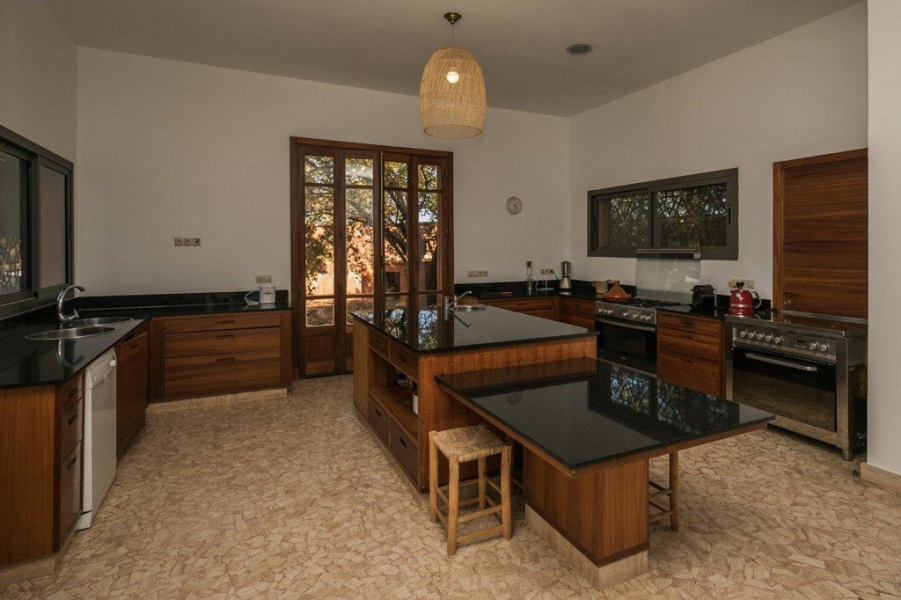 Marrakech, Marrakech, 6 Bedrooms Bedrooms, ,5 BathroomsBathrooms,Villa,For Sale,Marrakech,13455