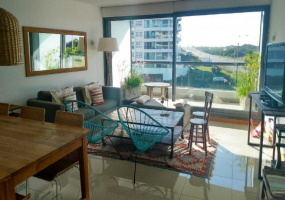Punta Del Este, Maldonado, 3 Bedrooms Bedrooms, ,1 BathroomBathrooms,Apartment,For Sale,Punta Del Este,13560