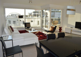 Punta Del Este, Maldonado, 3 Bedrooms Bedrooms, ,1 BathroomBathrooms,Apartment,For Sale,Punta Del Este,13565
