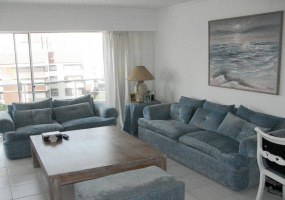 Punta Del Este, Maldonado, 3 Bedrooms Bedrooms, ,Apartment,For Sale,Punta Del Este,13610