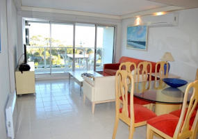 Punta Del Este, Maldonado, 3 Bedrooms Bedrooms, ,Apartment,For Sale,Punta Del Este,13618