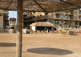 Hurghada, Egypt, 4 Bedrooms Bedrooms, ,2 BathroomsBathrooms,Apartment,For Sale,Hurghada , Egypt,15356