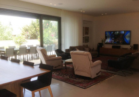 Tel Aviv Yaffo, Israel, 8 Bedrooms Bedrooms, ,4 BathroomsBathrooms,Villa,For Sale,Tel Aviv Yaffo, Israel,16549