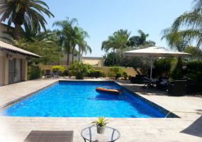 Savyon, Israel, 5 Bedrooms Bedrooms, ,6 BathroomsBathrooms,Villa,For Sale,Savyon, Israel,16555