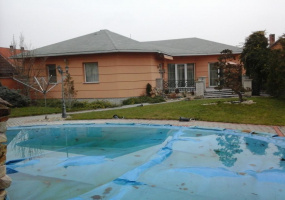Csomad, Pest Megye, 5 Bedrooms Bedrooms, ,4 BathroomsBathrooms,Villa,For Sale,Csomad,18441