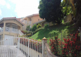 Le Robert, Martinique, 4 Bedrooms Bedrooms, ,4 BathroomsBathrooms,Apartment,For Sale,Le Robert,18705