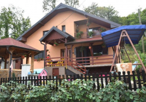 Loznica, Macva, 4 Bedrooms Bedrooms, ,2 BathroomsBathrooms,Apartment,For Sale,Loznica,19283