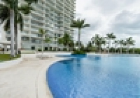 Cancun, Mexico, 3 Bedrooms Bedrooms, ,3.5 BathroomsBathrooms,Apartment,For Sale,Cancun, Mexico,19530