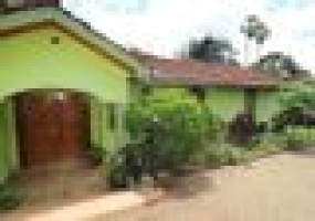 Nairobi, Kenya, 4 Bedrooms Bedrooms, ,3 BathroomsBathrooms,Villa,For Sale,Nairobi, Kenya,20408
