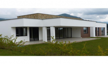 Colombia, Armenia, 4 Bedrooms Bedrooms, ,5 BathroomsBathrooms,Villa,For Sale,Colombia, Armenia,20683