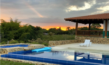 Colombia, Armenia, 6 Bedrooms Bedrooms, ,6 BathroomsBathrooms,Villa,For Sale,Colombia, Armenia,20798