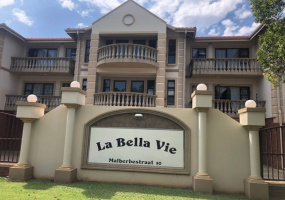 Bult, Potchefstroom, 1 Bedroom Bedrooms, ,1 BathroomBathrooms,Apartment,For Sale,Bult,4902