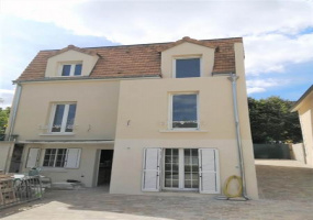 Mont Valerien, Nanterre, 3 Bedrooms Bedrooms, ,3 BathroomsBathrooms,Apartment,For Sale,Mont Valerien, Nanterre,6169